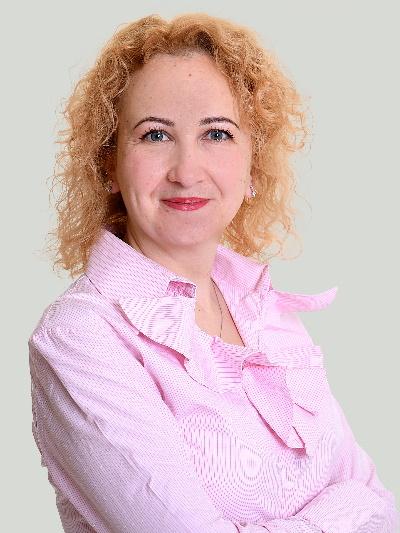 Dimitria Neuhauser-Toteva